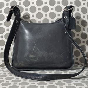 Coach Bags - Vintage Coach Leather USA Purse 9966 Bag